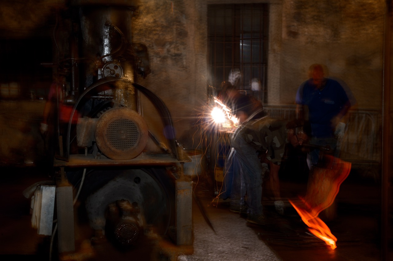 bienno, fucine, maglio, lavoro, water, italy, story, iron, city, italy, story, culture, iron, work, show,